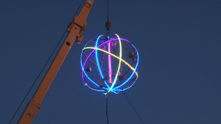 Searcy has its own 'ball drop' in celebration of successful year