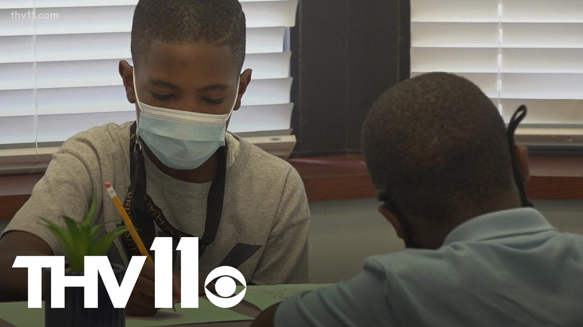 Arkansas school begins new year as pandemic continues