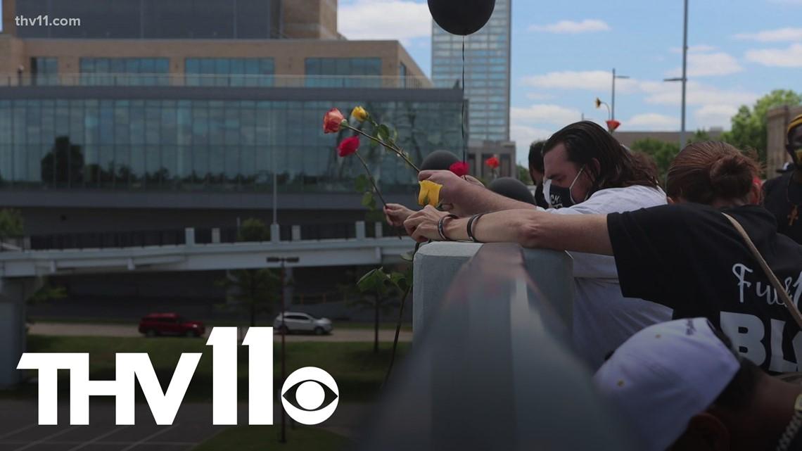 'Little Rock Freedom Fund' gathers on Saturday, holds George Floyd memorial on Broadway Bridge