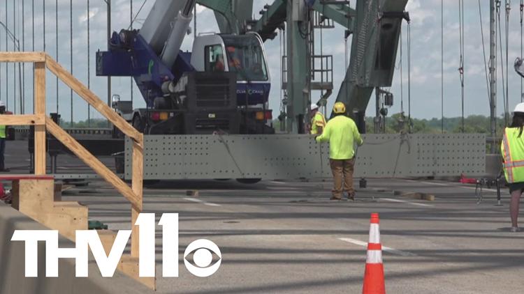Cracked beam removed from I-40 Memphis bridge