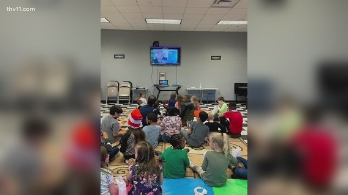 Reading Roadtrip heads to the Bryant Boys and Girls Club
