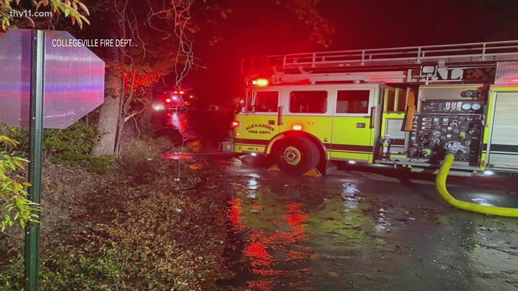 Arkansas firefighter recovering after being injured in overnight fire