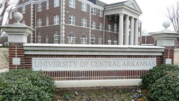 University of Central Arkansas offering free classes to the community