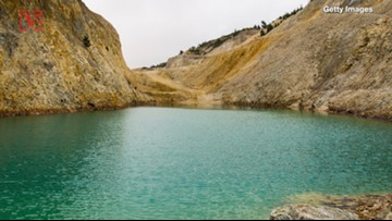Instagrammers Are Suffering From Vomiting And Skin Rashes After Swimming In Lake That's Really Toxic