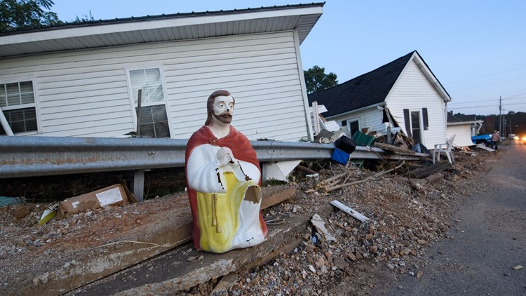 Anonymous donor pays for  all 20 Tennessee flooding victim funerals