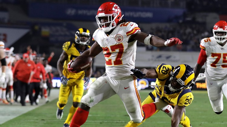 Cleveland Browns sign RB Kareem Hunt 2