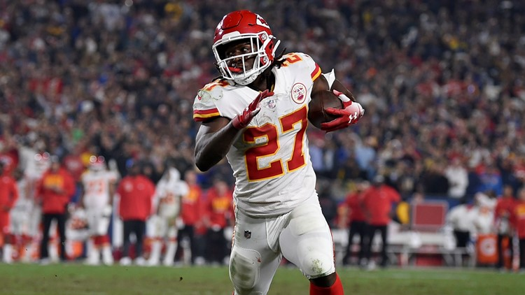 Cleveland Browns sign RB Kareem Hunt 3
