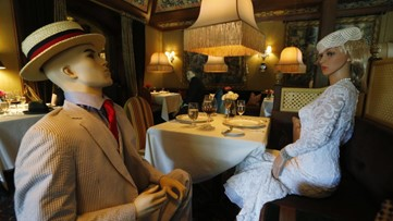 Dining with dummies? Renowned restaurant in Virginia uses mannequins to fill seats