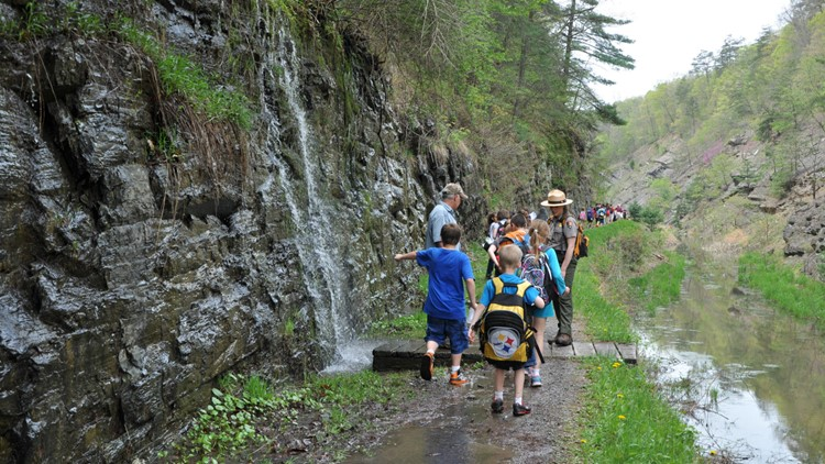 Students on a field trip at the Paw Paw Tunnel